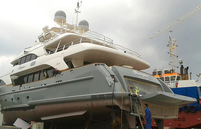 BenyMar Yachtpaint has worked for the M/Y BANYAN