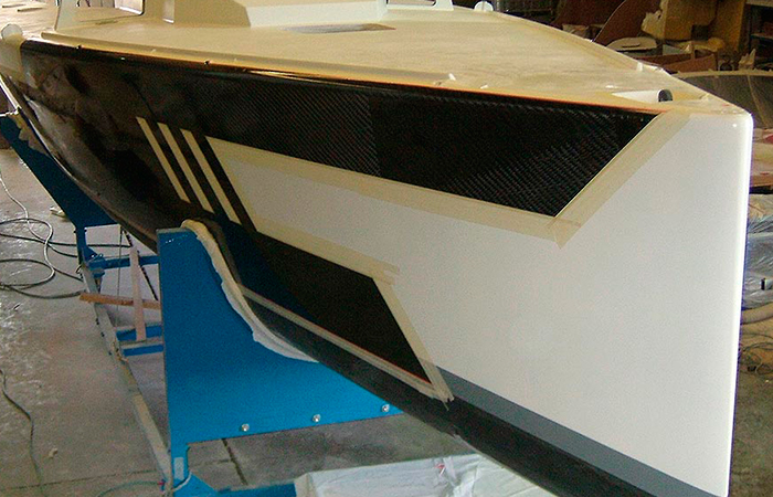BenyMar Yachtpaint has worked for the PG 42